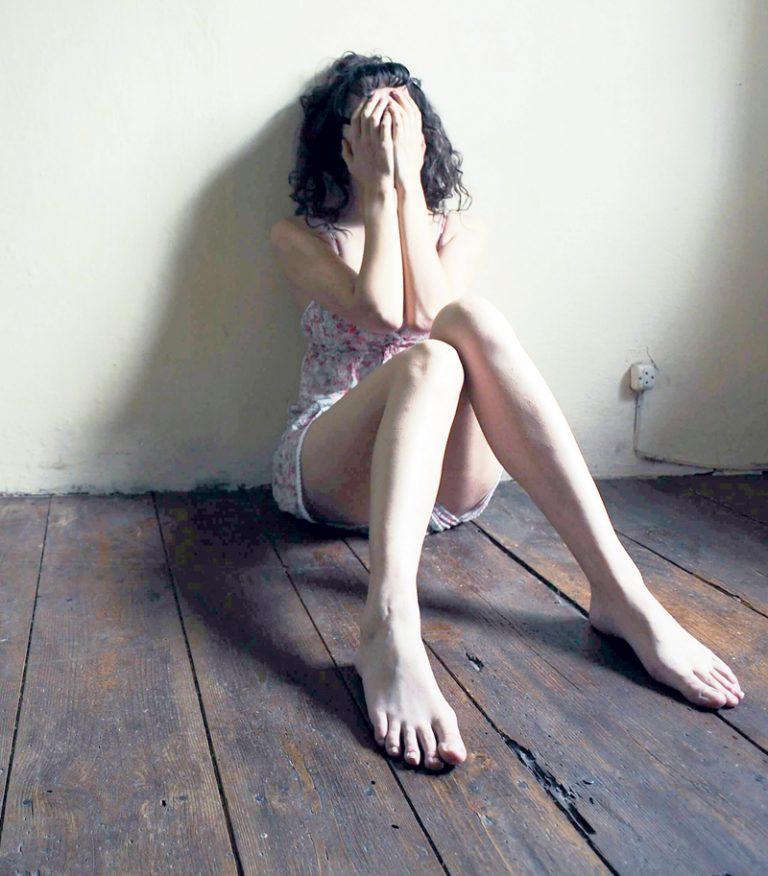 कस्ता हुन्छन् डिप्रेसनका लक्षण ?