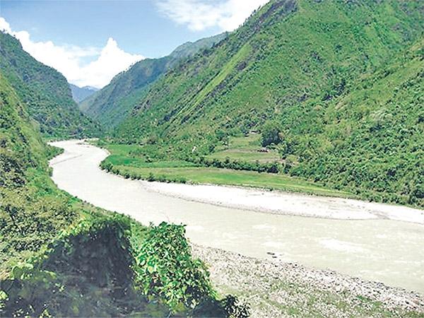 सेती नदीमा बगेर बालिका बेपत्ता
